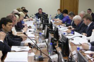 На общегородском субботнике депутаты Совета Сыктывкара вместе с жителями столицы очистят от мусора территории социальных учреждений