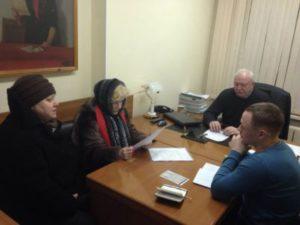 Депутаты присоединились к совместным приемам жителей многоквартирных домов