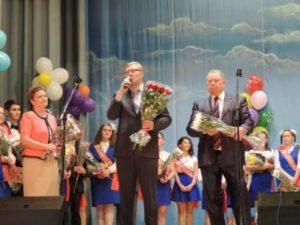 Последние звонки прозвучали в школах Сыктывкара