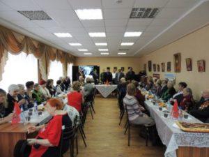 В Доме  дружбы ветеранам ВОВ вручили медали «70 лет Победы».