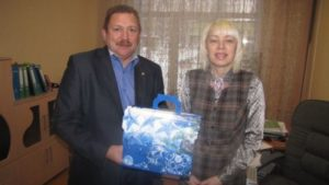 Игорь Терентьев поздравил педагогические коллективы округа