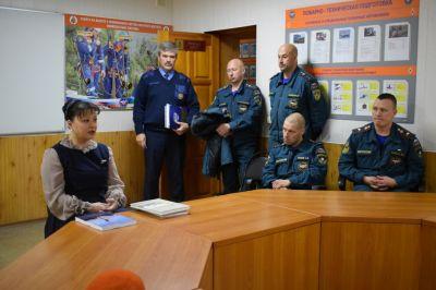 Анна Дю провела встречу с сотрудниками пожарной службы