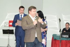 Активисты общественных организаций получили поздравления от руководства города