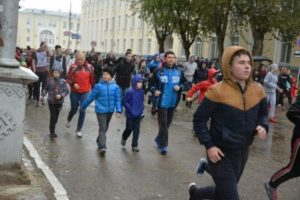 «Кросс нации» собрал несколько тысяч любителей спортивного бега со всего Сыктывкара