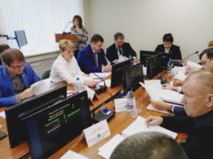 Депутаты Сыктывкара провели первую после летних каникул сессию
