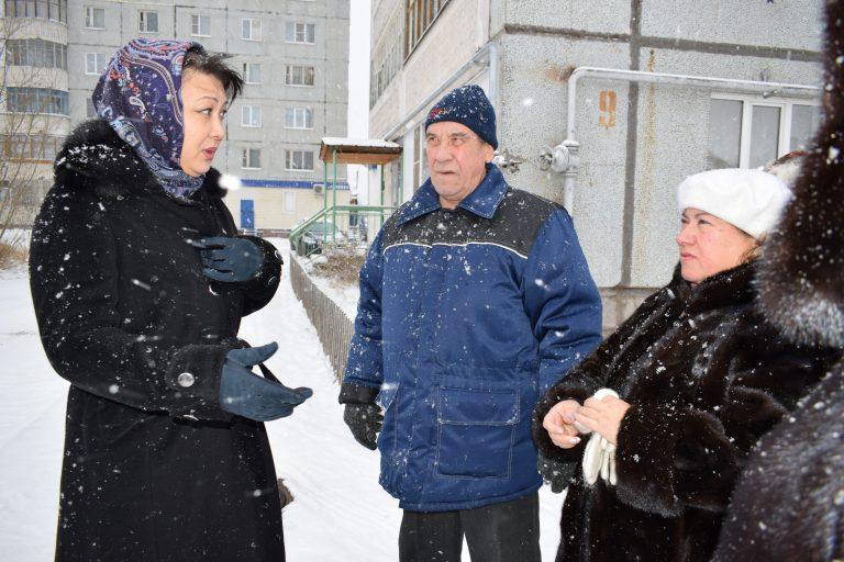 Депутаты Сыктывкара осмотрели состояние дорог в Нижнем Чове