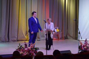 Представительницы старшего поколения Сыктывкара приняли поздравления с Днем матери