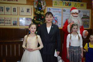 Воспитанники детских домов побывают на красочном новогоднем представлении