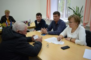 Ольга Есева взяла на контроль решение вопросов жителей поселка Верхняя Максаковка