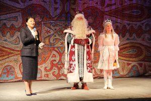 Анна Дю поздравила юных сыктывкарцев с наступающим Новым годом!