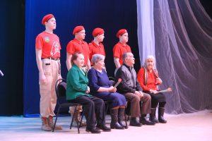 Праздничный концерт объединил защитников Отечества и милых дам