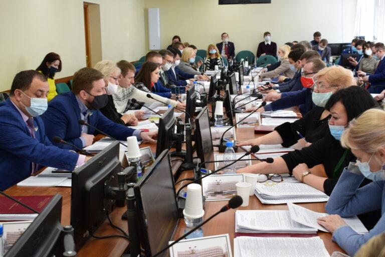 Депутатский корпус Сыктывкара поддержал патриотические инициативы