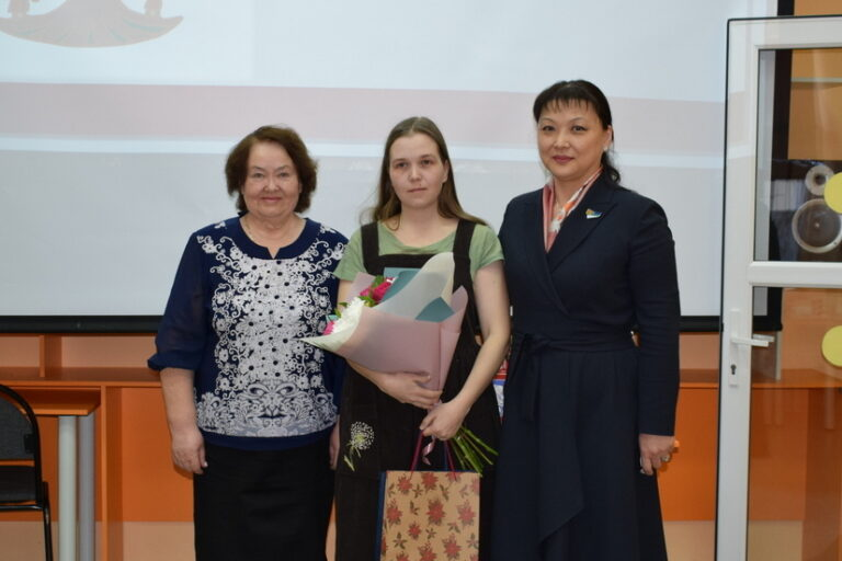 Анна Дю поздравила с победой молодых участников конкурса «АРТпиян»
