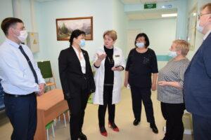 Депутаты оценили преобразования Эжвинской поликлиники