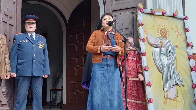 Участники военно-патриотических объединений выступили на предсоборной площади в Сыктывкаре