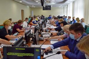 Депутаты Совета Сыктывкара приняли решение продлить меры поддержки предпринимателей